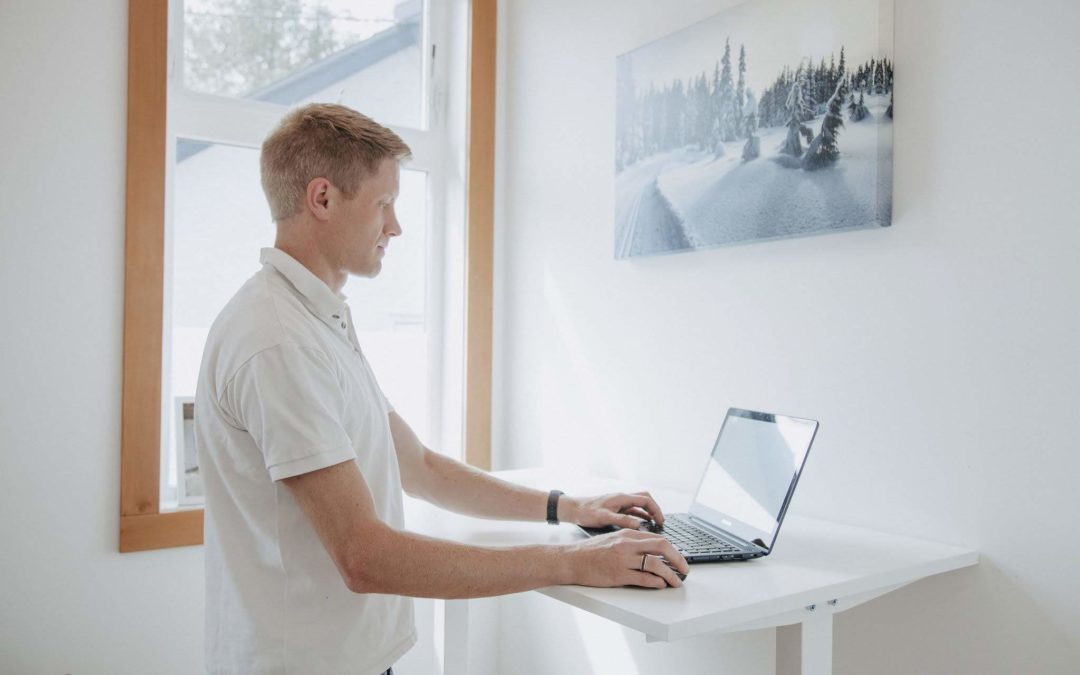 Get Up, Stand Up!  Benefits of a Stand Up Desk